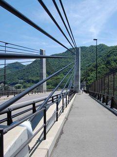 八ッ場ダム湖、不動大橋(湖面2号橋).jpg