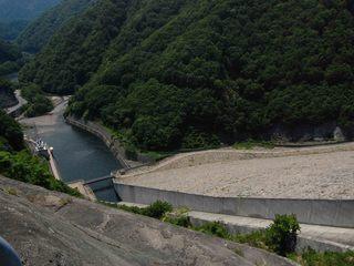 奈良俣ダム 洪水吐き .JPG
